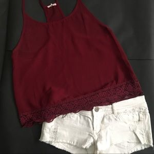 White Hollister low-rise shorts